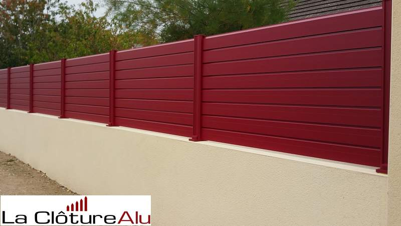 Couleur non standard Rouge RAL 3004